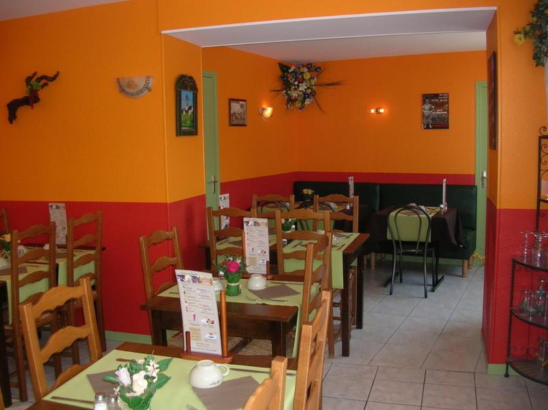 La salle de restaurant de la Creperie Montoise