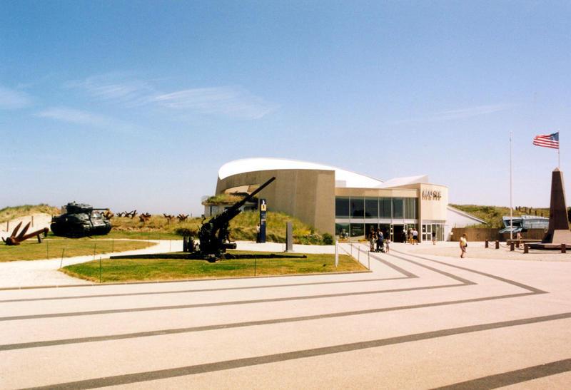 Entrée et parvis muséee Utah Beach